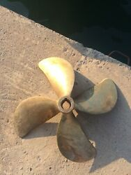 Left And Right 26andrdquo 4 Blade Used Boat Prop Ask For Price