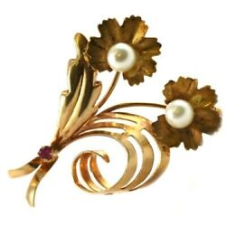 Brooch Spinner Leaf Authentic Vintage Gold with Mini Ruby - 37 Gr; 1 516in