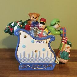 Waterford Holiday Heirlooms Snowy Village Teapot Limited Edition 388/5000 Sleigh