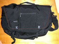 Timbuk2 Meta Messenger 15 gently used in great condition $59.00
