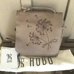 NWT $148 HOBO Bags Billow Compact Crossbody in Cobblestone $45.00