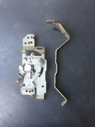 Kawasaki Fh680d 23hp Engine Oem - Governor Plate And Bracket... Wb8