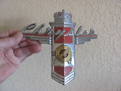 1946,1947,1948 Chrysler, Hood Emblem, Crest Town And Country N.o.s.