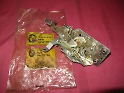 Nos Bmw E10 1600 1602 Early Left Door Latch Toggle Lock Actuator