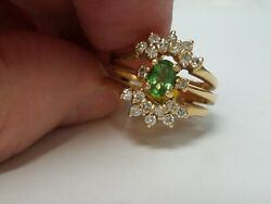 Vintage Oval Peridot With Diamond Setting 14k Yellow Gold Rings. Size 5