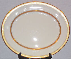 Rare Discontinued Royal Worcester Coronet Pattern 13 3/8 Oval Platter Mint