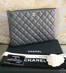 Iridescent Medium O Quilted Black Pearly Cc Caviar Leather Clutch