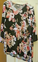 CHICO'S Ladies V necked  Tunic Top   size 3. black wflowers - new
