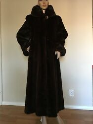 Mink Fur coat Genuine Mahogany Female Mink Size 8-10