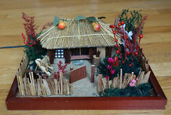 Vintage Model Korean Traditional Hanok Thatched-roof Country Farmer's House