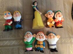 Disney Snow White And The 7 Dwarfs Rubber/ Plastic 5 Figurines