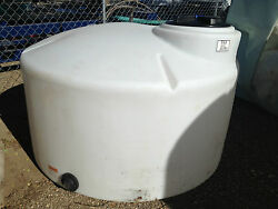 550 Gallon Poly Water Storage Vertical Tank/container, Chemical Storage