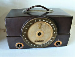 Vintage Zenith K725 Radio - As Is - For Parts Or Repair