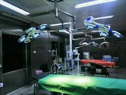 Miraz 4+4 Examination And Surgical Led Operating Lights Dimming Range 10 To 100