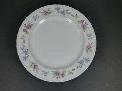 Set Of 4 - Mikasa Brywood 10-3/4 Dinner Plates - Near Perfect Condition