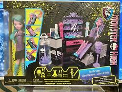 Monster High Create-a-monster Color-me-creepy Design Chamberdesign Your Doll