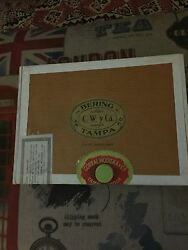 Cool Bering C.w.y Ca Vintage Cigar Box With 5 Individual Wooden Boxes