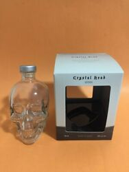 Empty Crystal Skull Vodka Bottle Head Spooky Halloween With Box And Cork Stopper