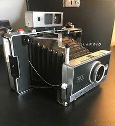 Vintage Polaroid Automatic 250 Land Camera And Color Pack Camera Case 324