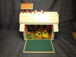 Vintage 1971 Fisher Price Play Family School 923 W/ Wooden People Desk Chair's