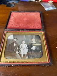 Pre Civil War Era. Dag. Of Union Officer And Family 1/4 Plate