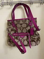 new without tag coach bag signature color shoulder cross body $49.00
