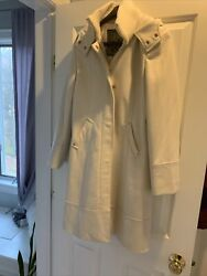 Guess Size Large Cost Cream W/ Gold Accents Hood And Pockets