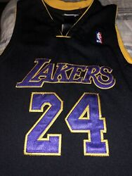 Kobe Bryant Los Angeles Lakers 24 Authentic Jersey Youth Xl 18/20 Rare Black