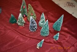 Vintage Bottle Brush Flocked Christmas Trees Red And Gold And Wood Bases Lot Of 10