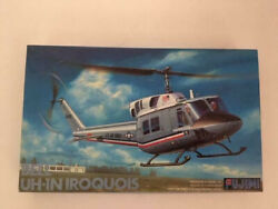 Fujimi, Bell Uh-1n Iroquois Helicopter, Usaf, Scale 1/72 - Rare