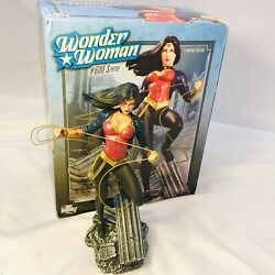 Wonder Women New In Box Hand Painted, Cold Cast, Porcelain Statue 600