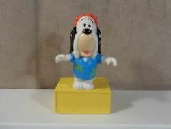 Vintage 1989 DROOPY the DOG Standing on a yellow box Turner Ent VIN81