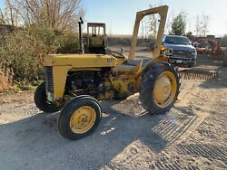 1960 Massey Ferguson To-35 Deluxe Tractor Pto 8 Speed. 30+ Hp Priced To Sell
