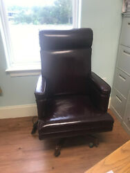 Executive Office Chair Vintage Niagara Burgandy Leather With Heat And Vibration