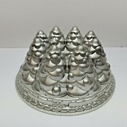 Nordic Ware Aluminum Christmas Holiday Tree And Train Bundt Cake Pan 10 Cups