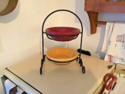 """Longaberger Wrought Iron Mini Pie Plate Stand With 2 - 6"""" Pie Plates"""