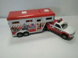 Breyer Stablemates Animal Rescue Truck And Horse Trailer