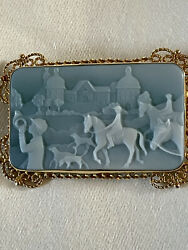 Vintage Italian 18k Yellow Gold Carved Fox Hunt Agate Cameo Brooch Pin Pendant
