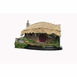 Weta Workshop Lord Of The Rings Environment House Of Farmer Maggot