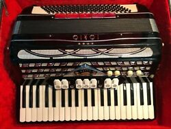 Vintage Electric Iorio Piano Accordion With Case 1960's Made In Italy Amazing