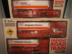 164 Highway Replicas Tnt Express Mack Road Train Truck And Trailer + 2nd Trailer