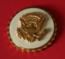 Us Army / Us Marine Corps/ Us Air Force Vice Presintail Service Badge 2