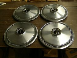 Nos Oem Ford 1972 1976 Lincoln Continental Mark Iv Wheel Covers 1973 1974 1975