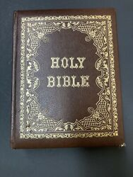 Vintage Family Holy Bible King James Red Letter Family Altar Edition Gold Brown