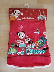 Disney 2020 Mickey Mouse And Friends 52 Inch Christmas Tree Skirt New