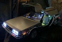Hot Toys Back To The Future Time Machine Delorean 1/6 Scale Figure Without Box