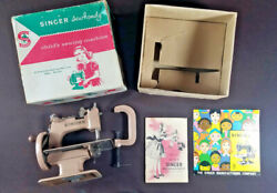 Singer Sew Handy Child's Sewing Machine Model 20 W/ Box Instructions Complete