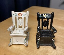 Vintage Cast Metal Small Rocking Chairs Black And White Salt And Pepper Shakers..
