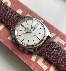 Vintage Omega Constellation Chronometer Automatic Linen Dial Daydate Steel Watch