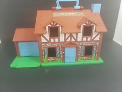 Vintage 1980 Fisher Price Little People Play Family Tudor House Playset 952